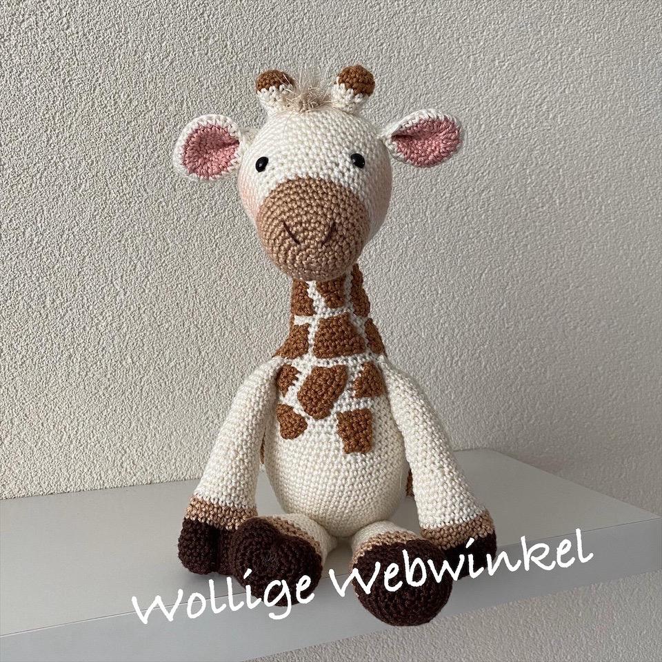 Girafje Romy 3